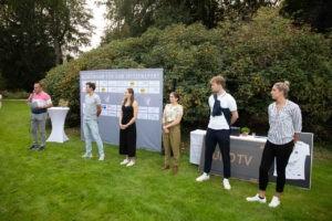 Auch die regionalen Top-Sportler waren zahlreich vertreten. V.r.n.l.: Kira Biesenbach (Siebenkampf),    Richard Hübers (Säbelfechten), Laura Mertens (Ringen), Sarah Voss (Turnen), Nils Schomber (Rad)