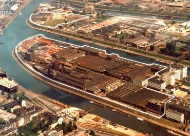 Werksgelände im Neusser Hafen